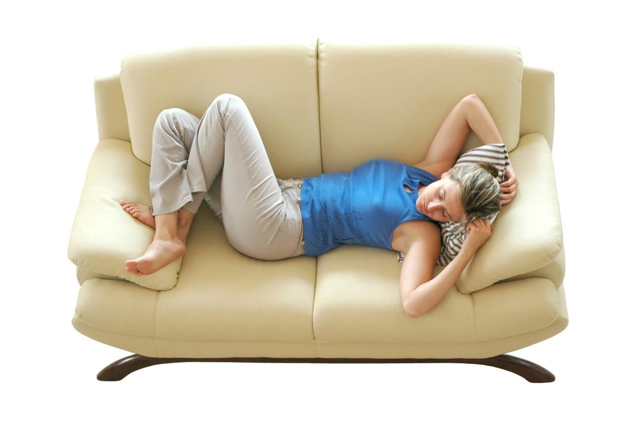 Jakie środki do czyszczenia łóżka tapicerowanego kupić